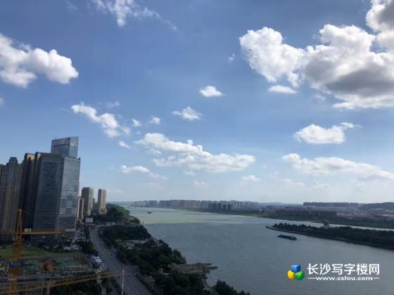 江景视野,可看橘子洲 岳麓山,江边最后高层5A写字楼