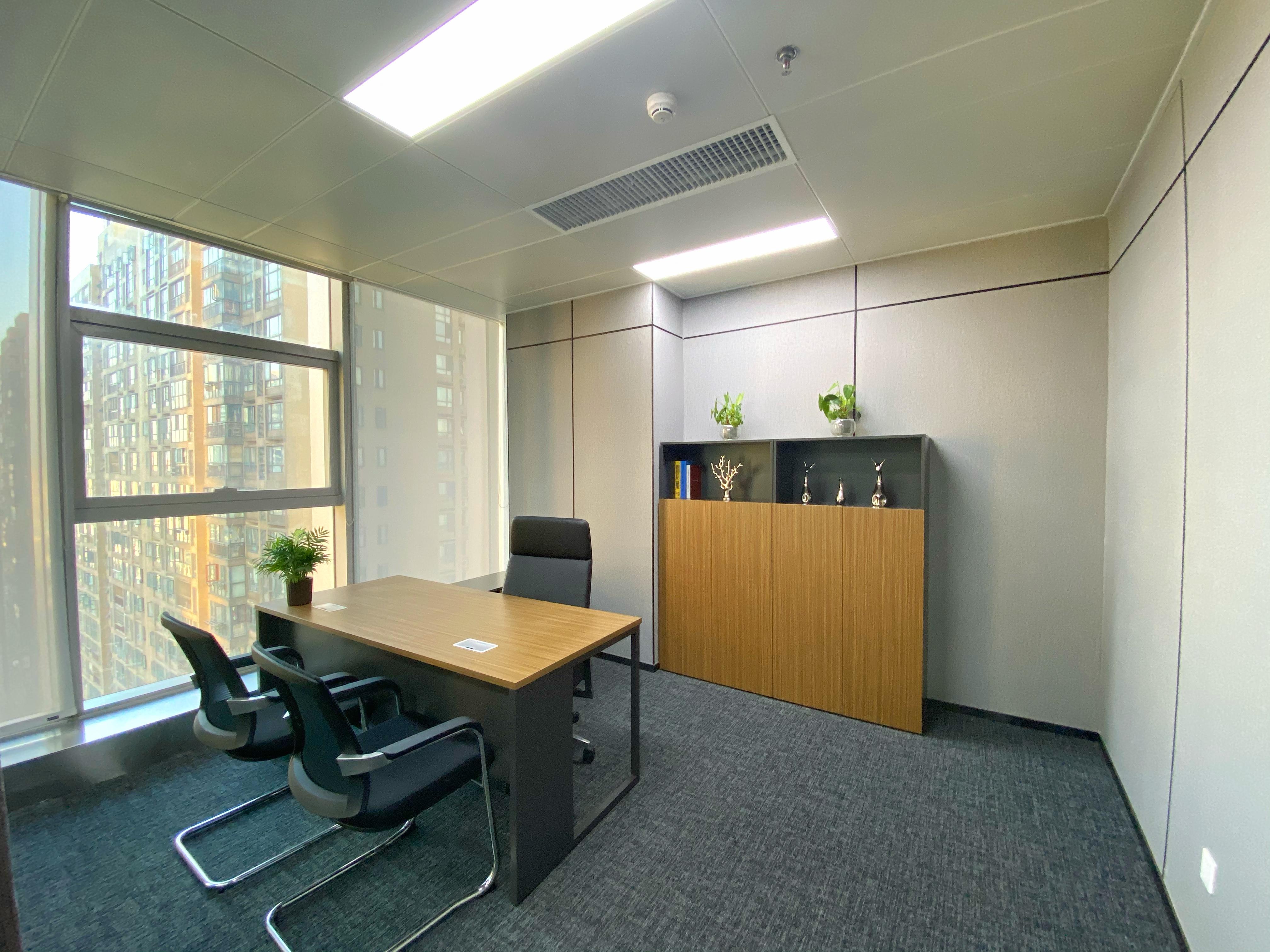 雨花亭,24H空调,万博汇126平全新精装带全套家具,拎包办公
