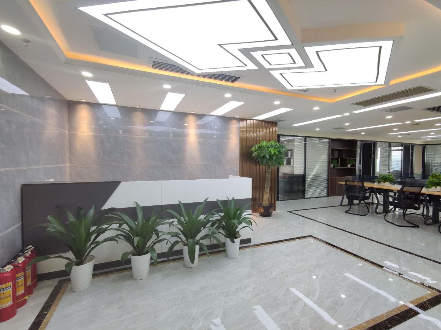 湘江中路开福万达广场西南江景308平精装带全套办公家具
